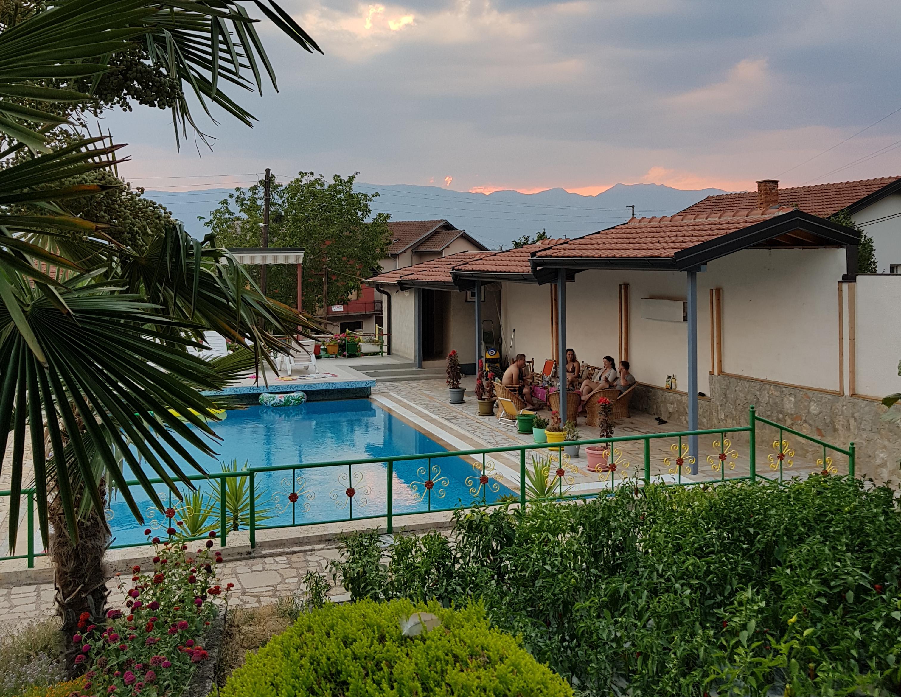 Jak zorganizować ślub za granicą | Vila Siva - sprawdzony nocleg blisko Ochrydy | Patrycja i Dawid Krajewscy w podróży | Ochryda Macedonia Północna